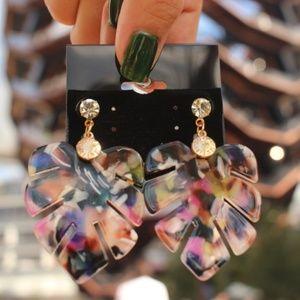 WowNYC Jewelry - New leaf floral dangling acrylic stud earrings